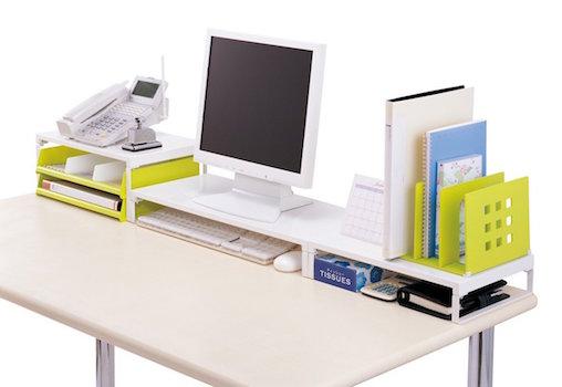 【机の整理グッズ】オフィスでも自宅でも使えるオススメの机上台