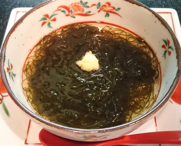 【谷原章介の25時ごはん】炭水化物を使わないもずく鍋の作り方