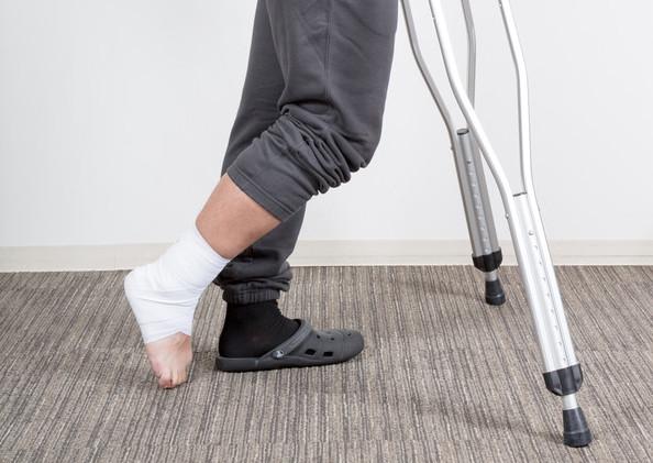 【aiko骨折の原因とは】ツアー中に足を骨折。理由や容態は?